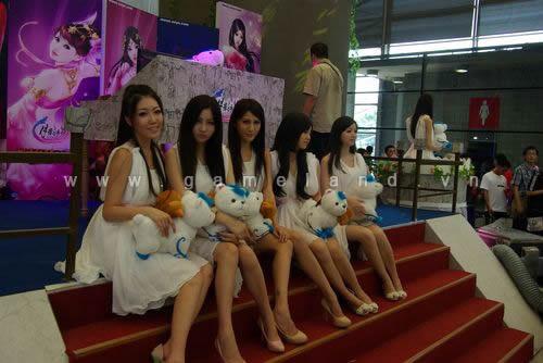 ChinaJoy 2011: Dàn chân dài tuyệt sắc của Kingsoft 10