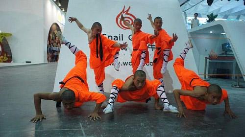 ChinaJoy 2011: Đệ tử Thiếu Lâm trình diễn võ thuật 3