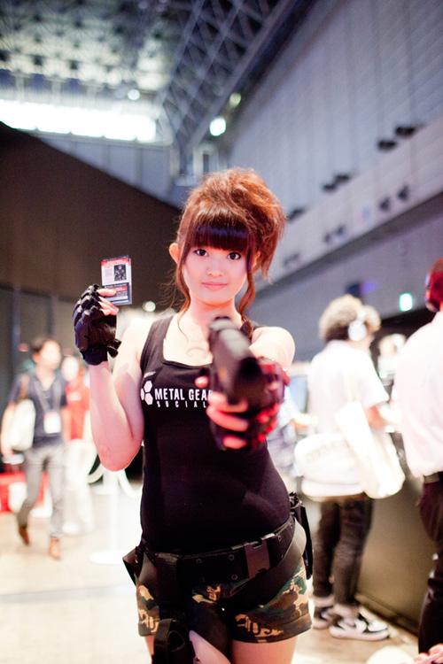 TGS 2012: Những cô nàng showgirl xinh đẹp của Konami 3