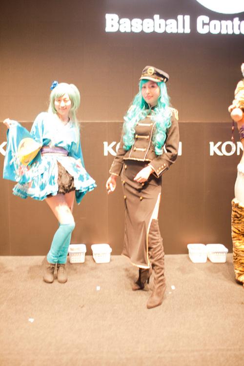TGS 2012: Những cô nàng showgirl xinh đẹp của Konami 6