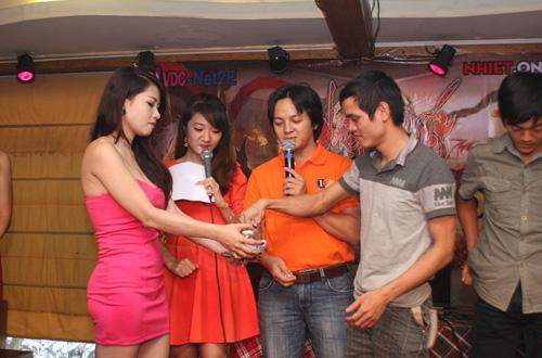 Nhìn lại toàn cảnh offline Nhiệt Huyết Online tại Hà Nội 15
