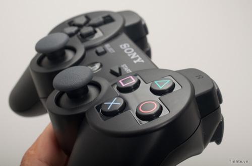 Cận cảnh máy chơi game PS3 Super Slim tại Việt Nam 30