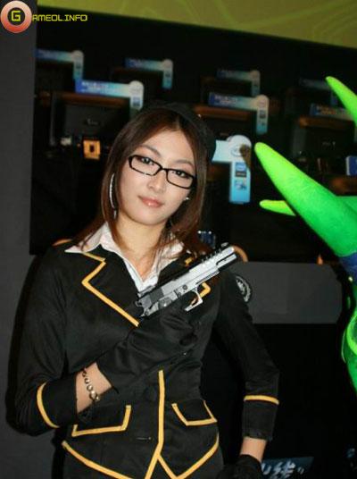 Người đẹp và cosplay tại Tencent Games 2009 (2) 9