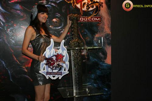 Người đẹp và cosplay tại Tencent Games 2009 (1) 19