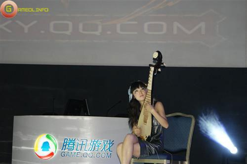 Người đẹp và cosplay tại Tencent Games 2009 (1) 6