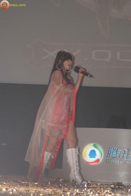 Người đẹp và cosplay tại Tencent Games 2009 (1) 13