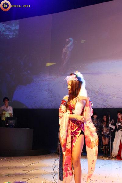 Người đẹp và cosplay tại Tencent Games 2009 (1) 26
