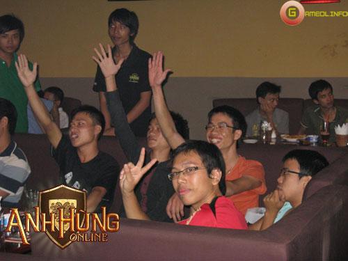 Sôi động với offline Anh Hùng Online tại Hà Nội 14