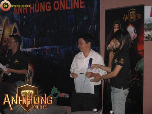 Sôi động với offline Anh Hùng Online tại Hà Nội 15