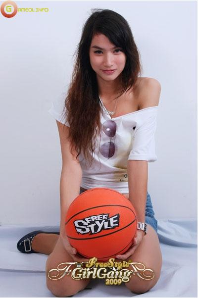 """18 """"nữ cầu thủ"""" xinh đẹp của FreeStyle Thái Lan 14"""
