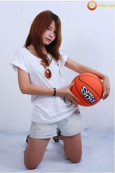 """18 """"nữ cầu thủ"""" xinh đẹp của FreeStyle Thái Lan 16"""