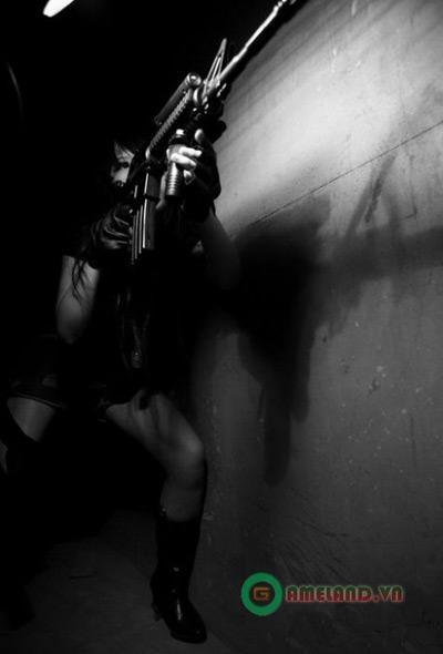 Kiều nữ ảnh nude bụi bặm với cosplay Cross Fire 7