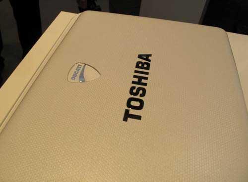 Toshiba Ducati U500 - laptop xe đua 3