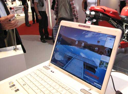 Toshiba Ducati U500 - laptop xe đua 4
